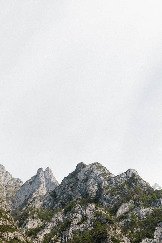 Mountains Playlist - Rye London