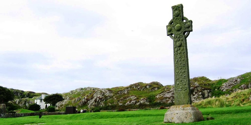 cross-iona-1280x640.jpg