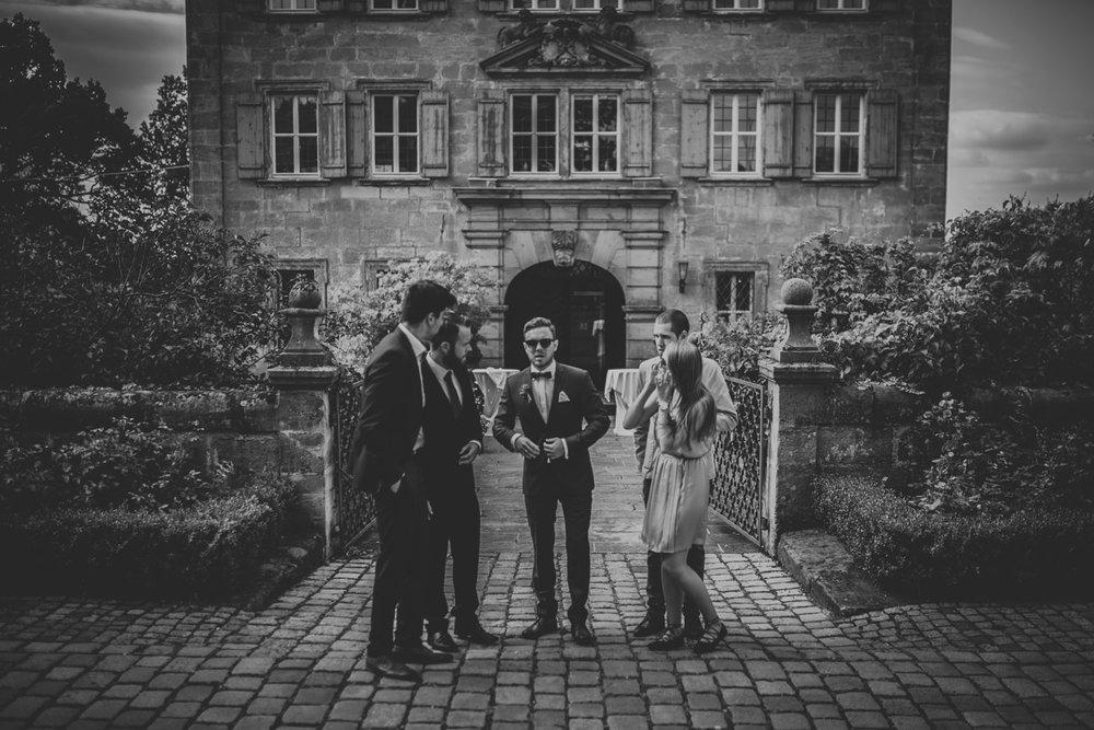 In-Love-with-a-Wolf-Hochzeitsfotograf-Erlangen-Atzelsberg-Nürnberg-Fürth-47.jpg