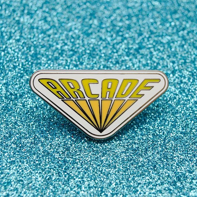 Are you heading to the arcade this weekend? #pingame #flair #flairgame #etsy #pingamestrong #arcade #strangerthings #inspiredby #poweruppins #enamelpins #pincollector #videogames #arcadegames #80s #pincollectors #catpin