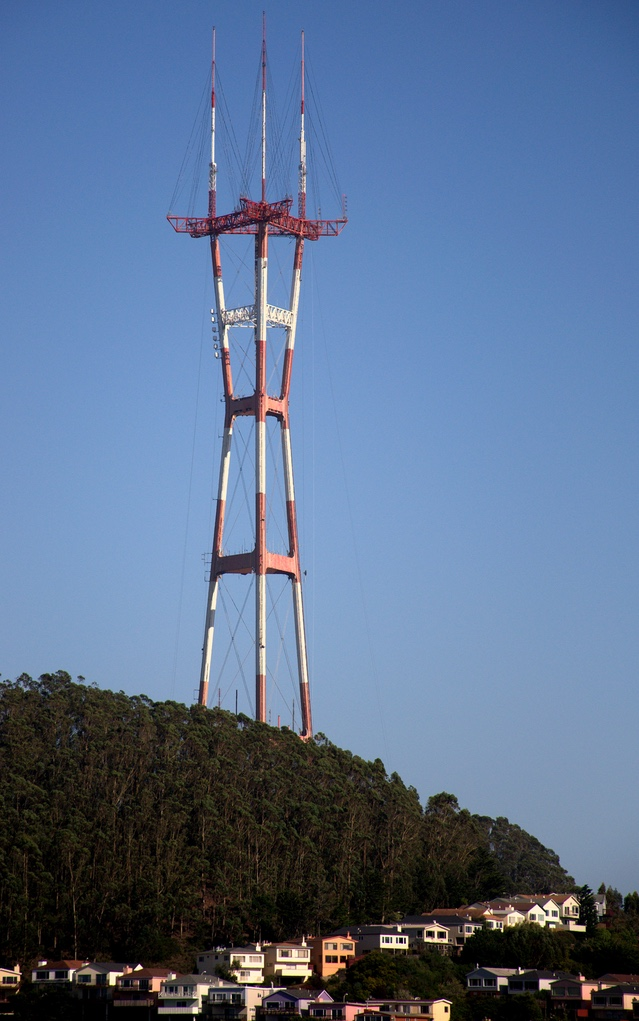 Sutro Tower in real life CC-BY photo attribution Justin Beck