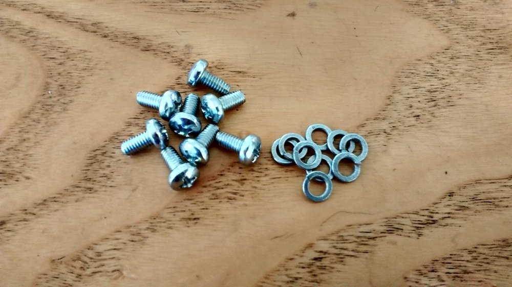 8 Motor Bracket Screws & Washers