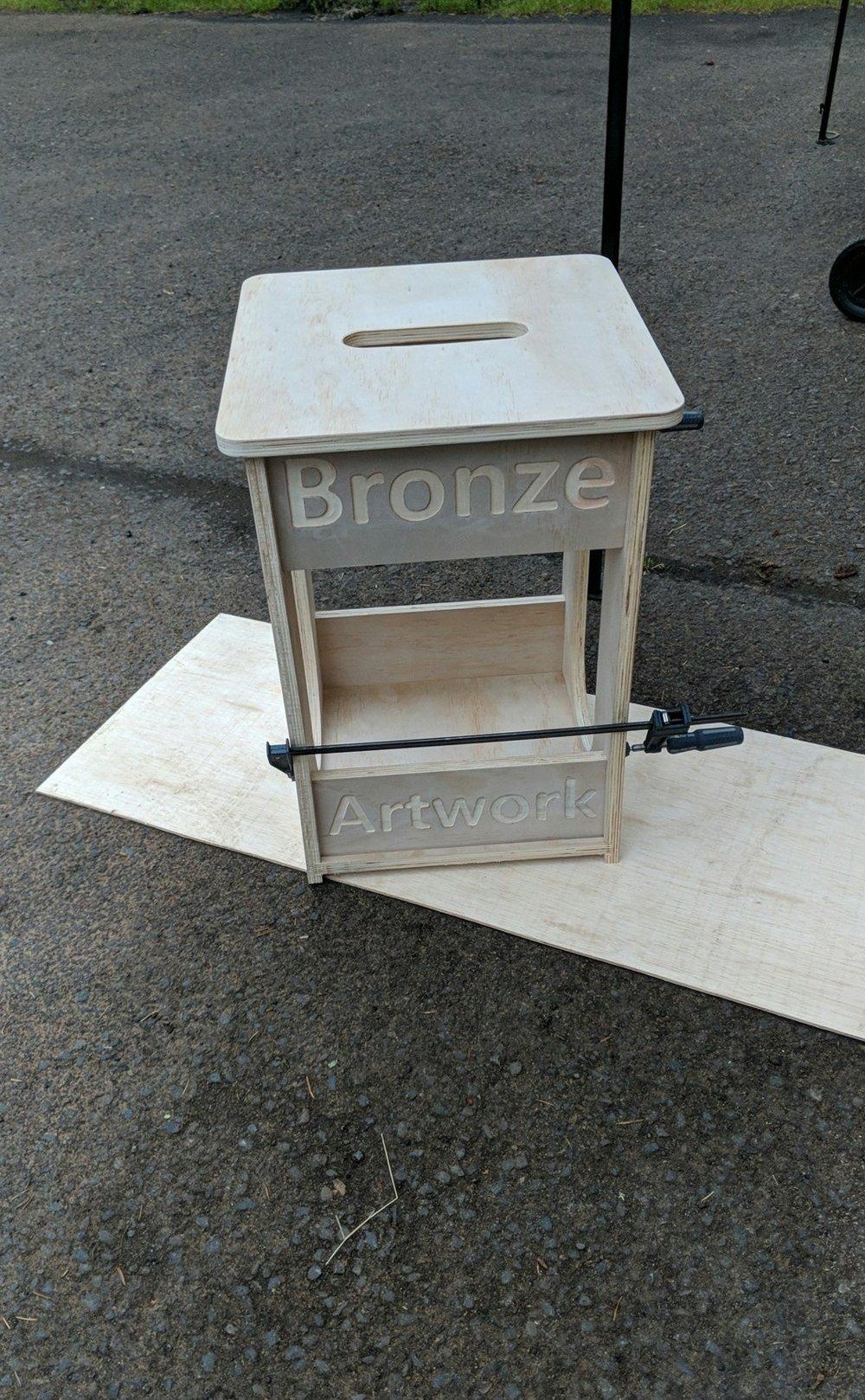 pedestal2.jpg