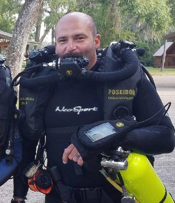 TOREY CAVALIER - • PADI Staff Instructor• Service Technican•PADI Poseidon MKVI/Se7en InstructorCan teach over 15 PADI Specialties