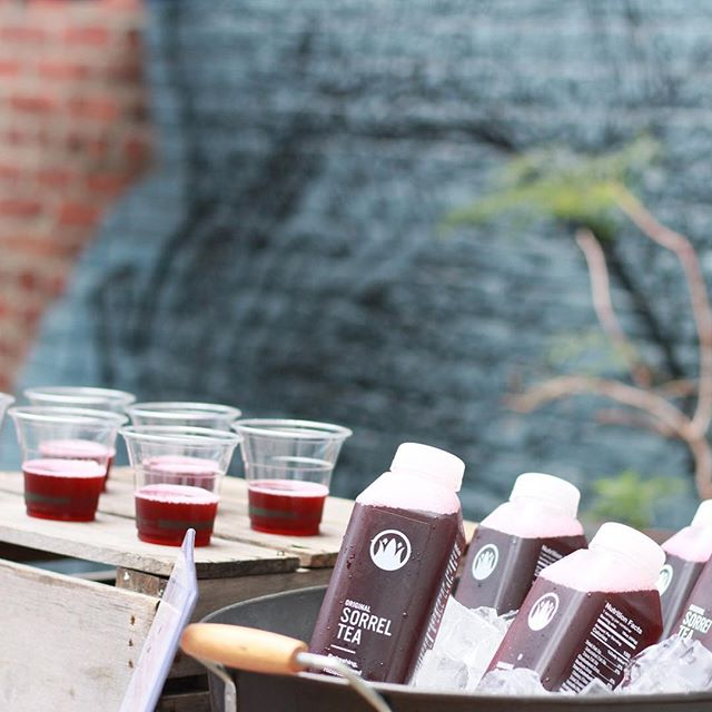 On ice. So delish. . . . . #sorreltea #healthyfood #beverages #craftbrew #brooklyn #caribbean #sorrel