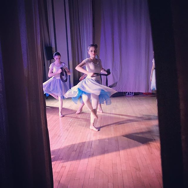 Happy Monday! The Story Ballet dancers are getting hyped for our next show~This Friday, March 31, 6:30pm, at Hope Church in Ypsilanti! #thestoryballet2017 #thestoryballet #twirl #christianballet