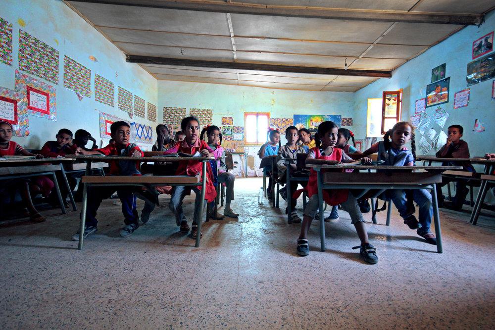 Saharawiene har prioritert utdanning i flyktningeleirene og bygd opp et godt skolesystem. I alle leirene har samtlige barn skolegang i seks år. Foto: Mali Galaaen Røsseth