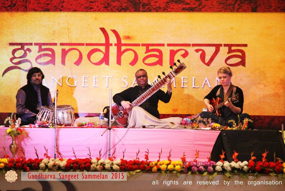 Concert at Gandharva Sangeet Gammelan 27.12.15. Amit Chatterjee on tablas.