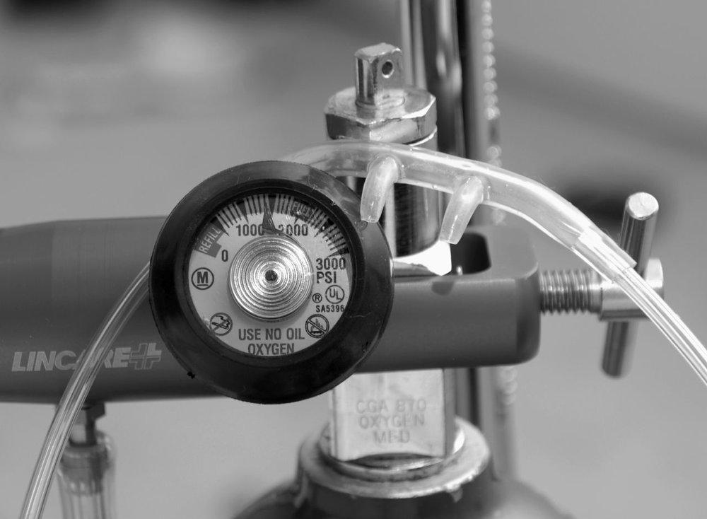 Use no oil oxygen wCanula by Jill Watson courtesy of Flickr.jpg