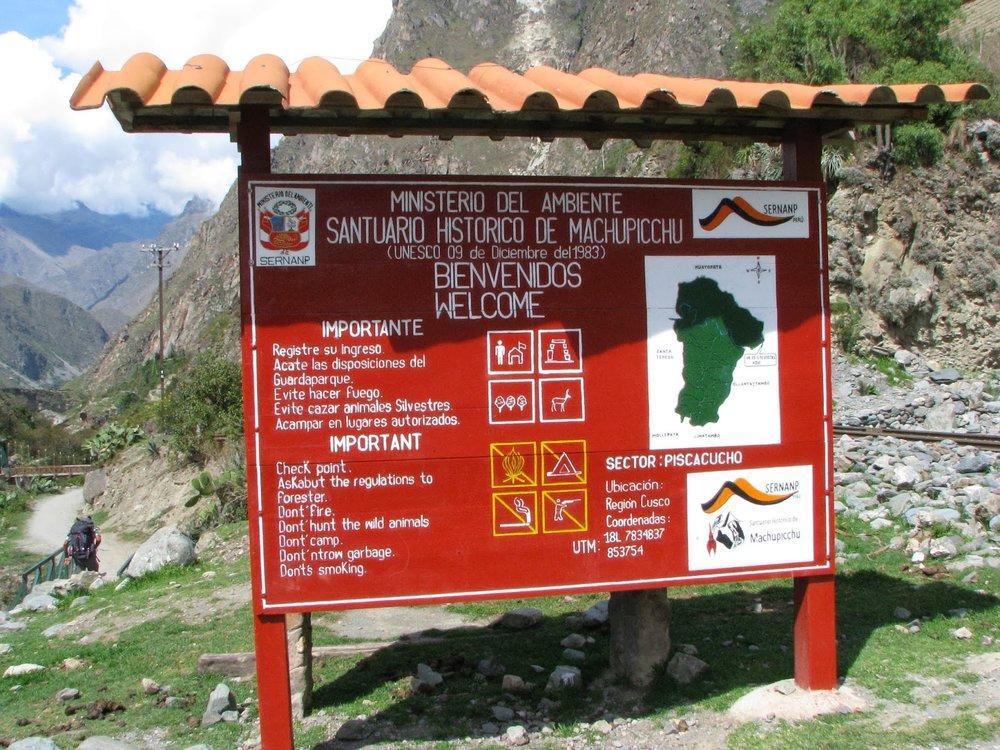 Peru - Inkaveien og Lake Titicaca. Bli med på en imponerende rundreise og opplev autentiske Peru - besøk Lima, Cuzco, Uros & Taquille
