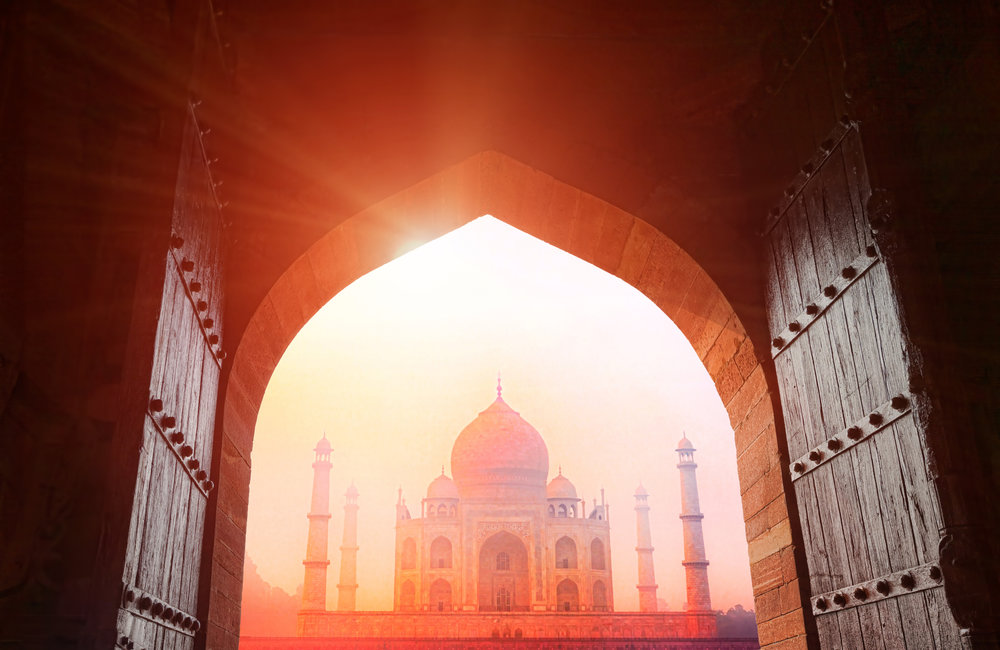 bigstock-Taj-Mahal-In-The-Sunlight-43225129.jpg