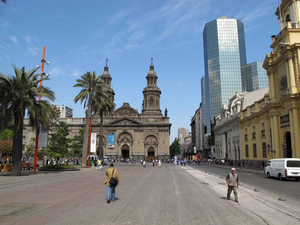 chile_KatedraleniSantiago.jpg