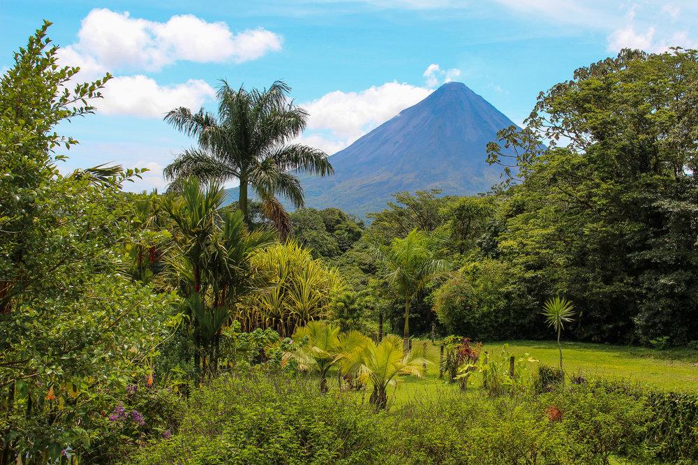 bigstock-Arenal-Volcano-Costa-Rica-33960872.jpg
