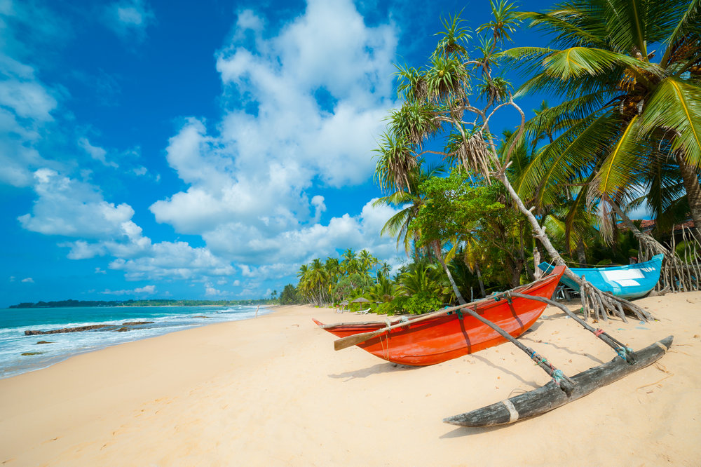 srilanka_bigstock-Untouched-tropical-beach-with--35814713.jpg