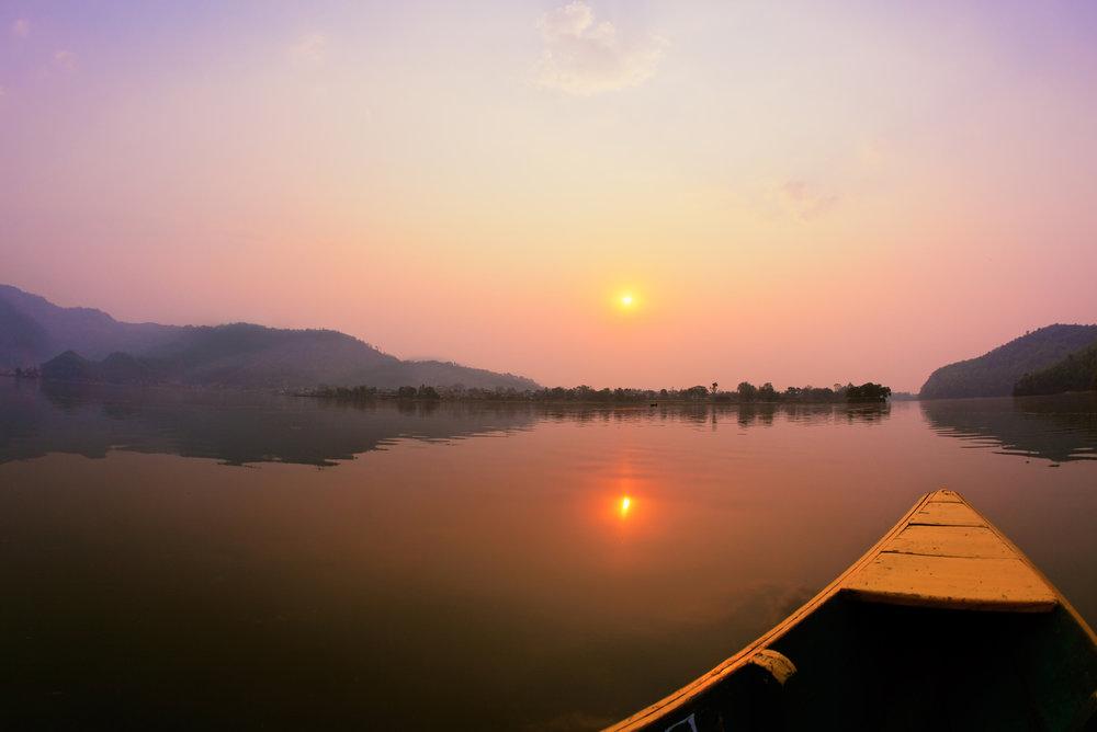 nepal_pokhara_bigstock-Beautiful-sunrise-landscape-fr-26732810.jpg