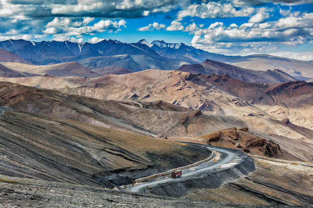 india_ladakh_bigstock-Indian-lorry-truck-on-road-in--122780906.jpg