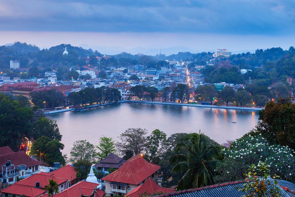 srilanka_kandy_bigstock-Kandy-Lake-And-City-191333917.jpg