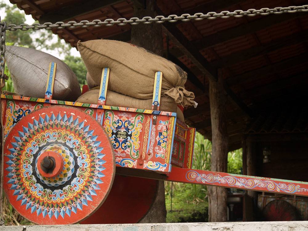 bigstock-Costa-Rican-Ox-Cart-Loaded-Wit-24677963.jpg