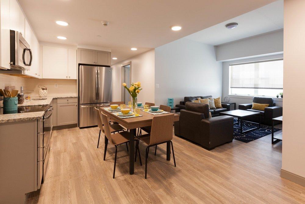 4 Bed, 2 Bath | 6 Student Apartment
