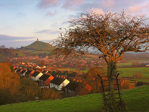 Glastonbury-Wearyall-2989-s.jpg