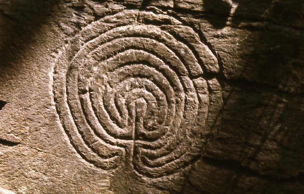 Rocky_Valley_labyrinth_Tintagel.jpg