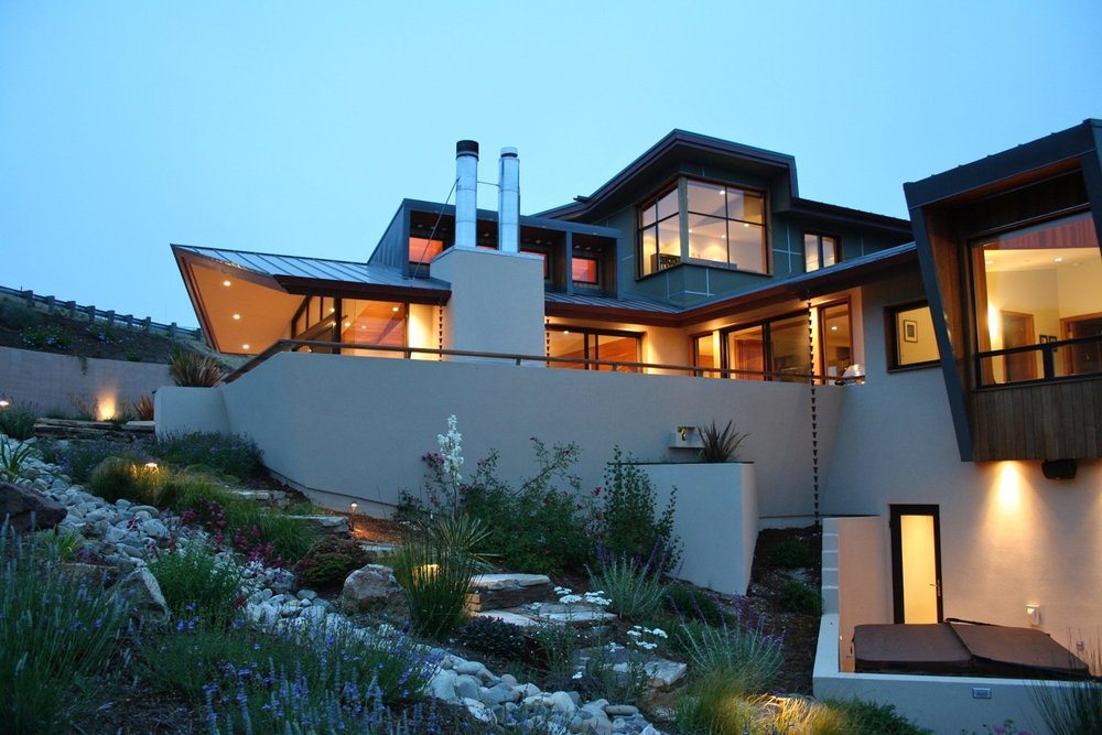 san-luis-obispo-custom-residence-salmon-nightime-architect.jpg