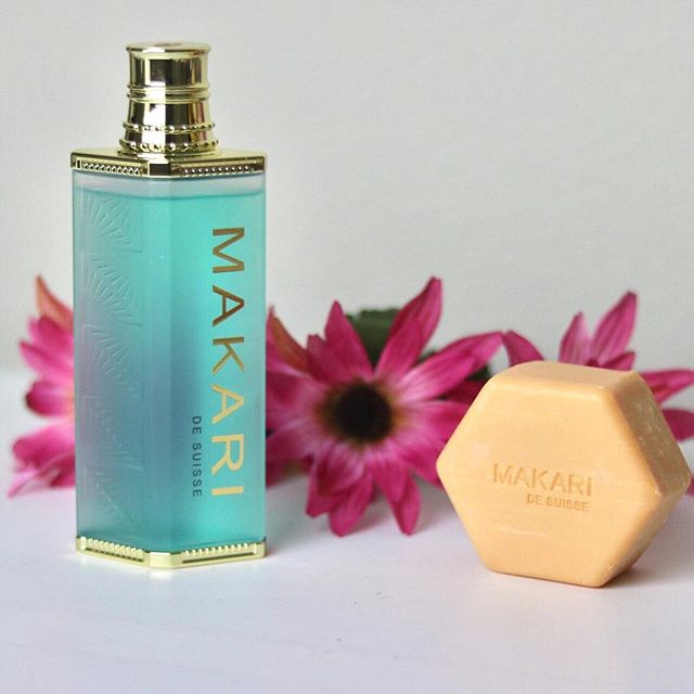 If you are like me and suffer from dark spots on your face or acne, check out my most recent post on @makaridesuisse skin care!! #collab - - - - - #skincareroutine#beautyday #skincareblogger#skincareluxury #beautyskin #beautycare#beautyproduct #embraceyourself#selfloveisthebestlove #lovethyself#beconfident #skincarejunkie#skincareproduct #skincarecommunity#beautygram #beautylover#beautycommunity #beautyjunkie#beautyobsessed #beautygoals