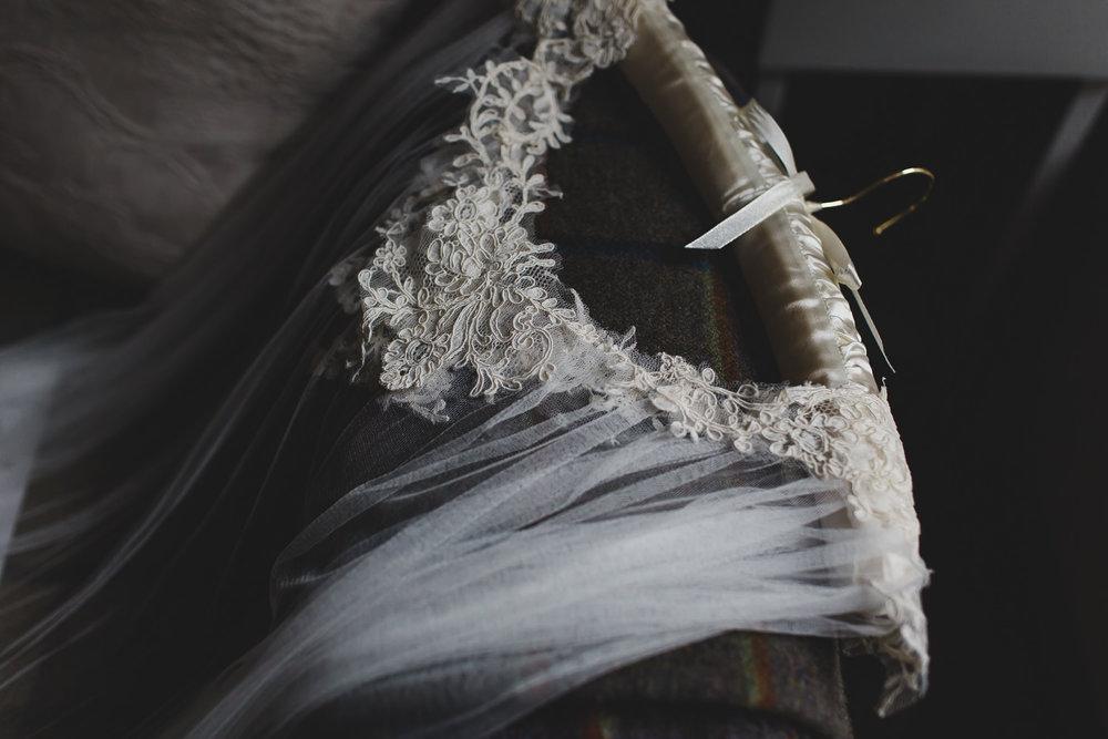 Scottish-elopement-highland-loch-wedding-010.jpg