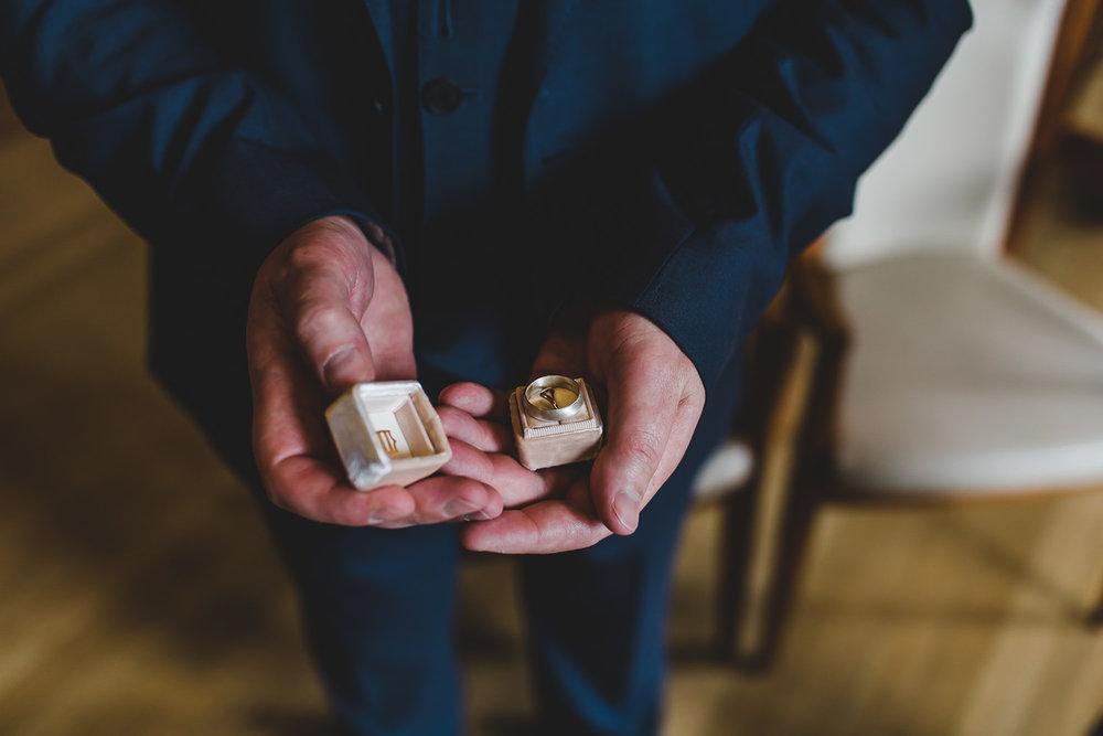 Scottish-elopement-highland-loch-wedding-041.jpg