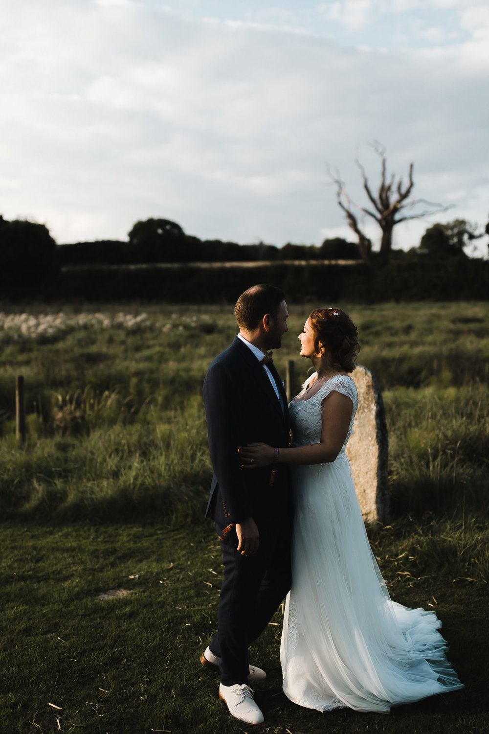 Festival_Wedding_High_Billinghurst_Farm_Surrey_093.jpg