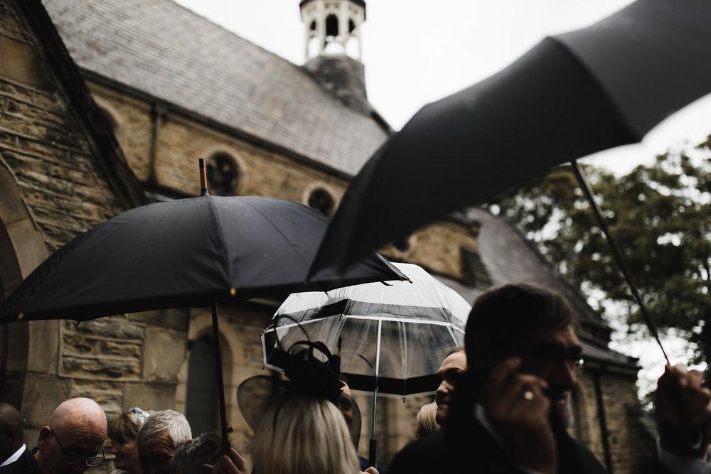 Oakwell_Hall_Yorkshire_rain_wedding_049.jpg