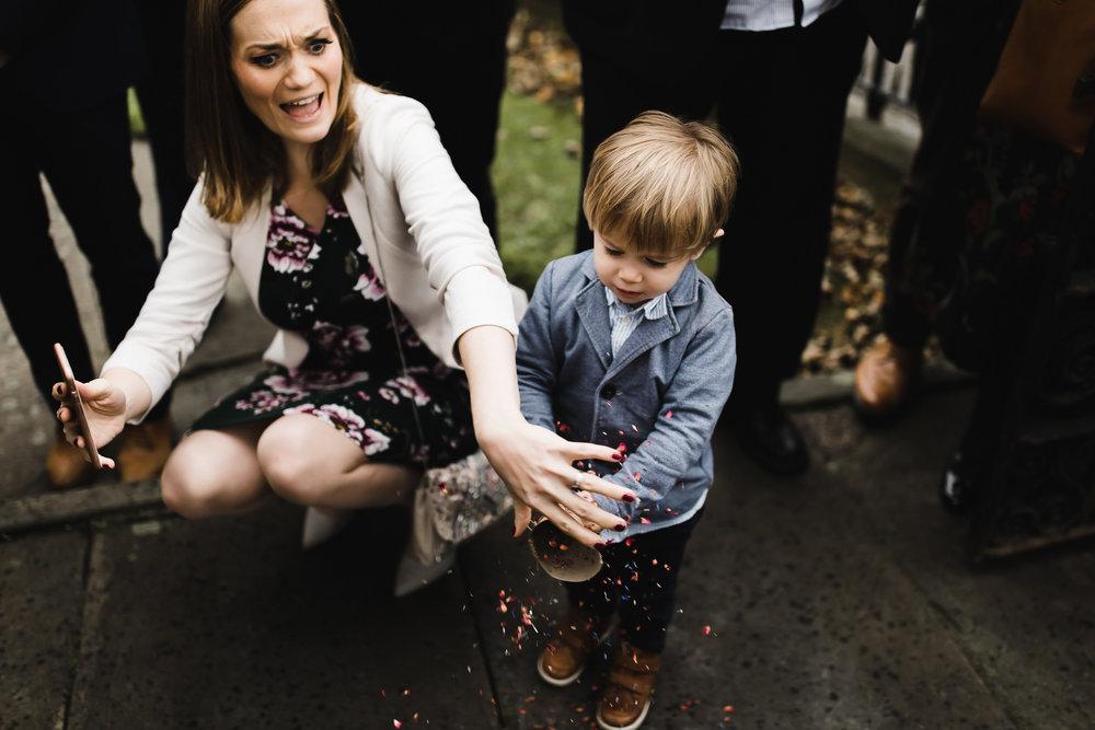 Oakwell_Hall_Yorkshire_rain_wedding_050.jpg