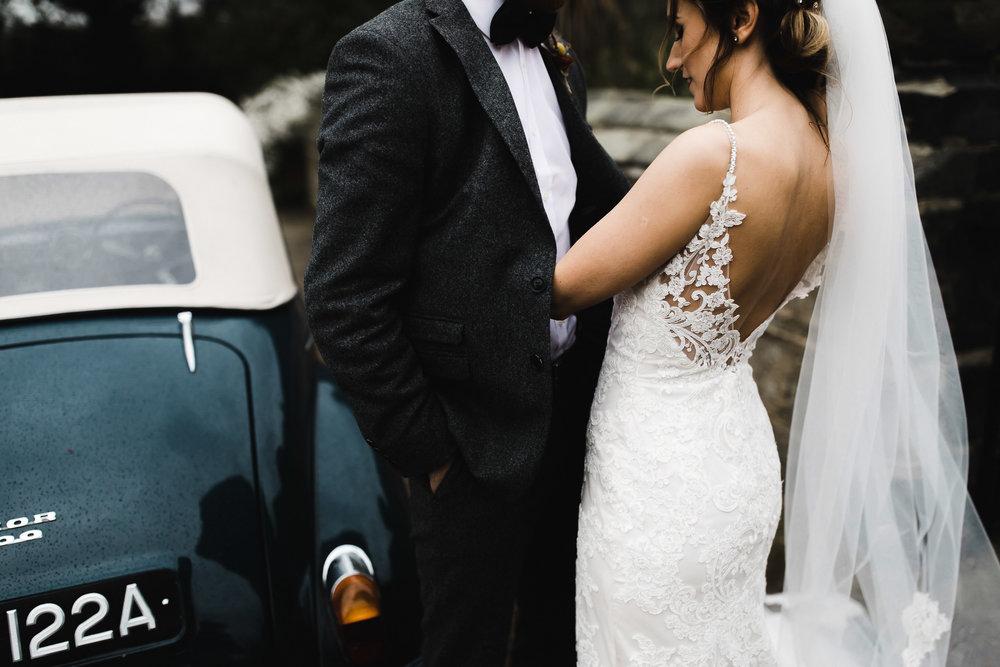 Oakwell_Hall_Yorkshire_rain_wedding_059.jpg