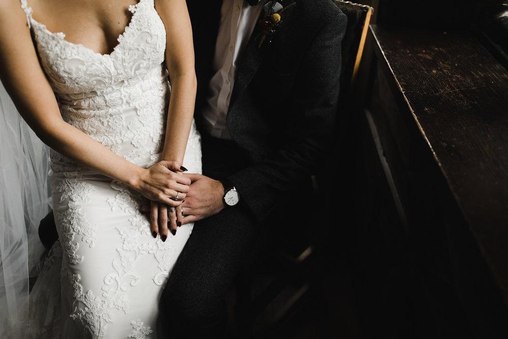 Oakwell_Hall_Yorkshire_rain_wedding_064.jpg