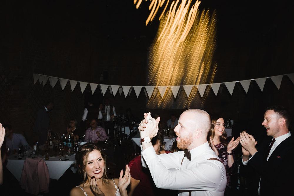 Oakwell_Hall_Yorkshire_rain_wedding_101.jpg