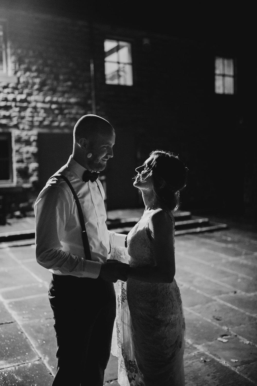 Oakwell_Hall_Yorkshire_rain_wedding_110.jpg