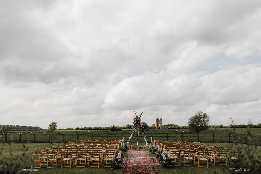 Godwick_Barn_Wedding_Outdoor_Ceremony_028.jpg