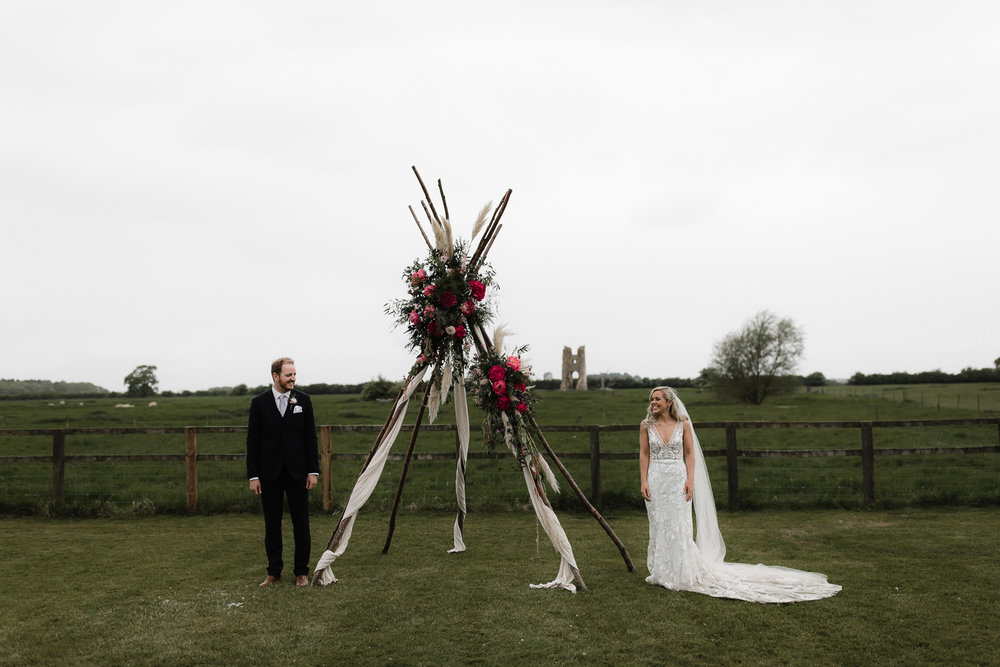 Godwick_Barn_Wedding_Outdoor_Ceremony_081.jpg