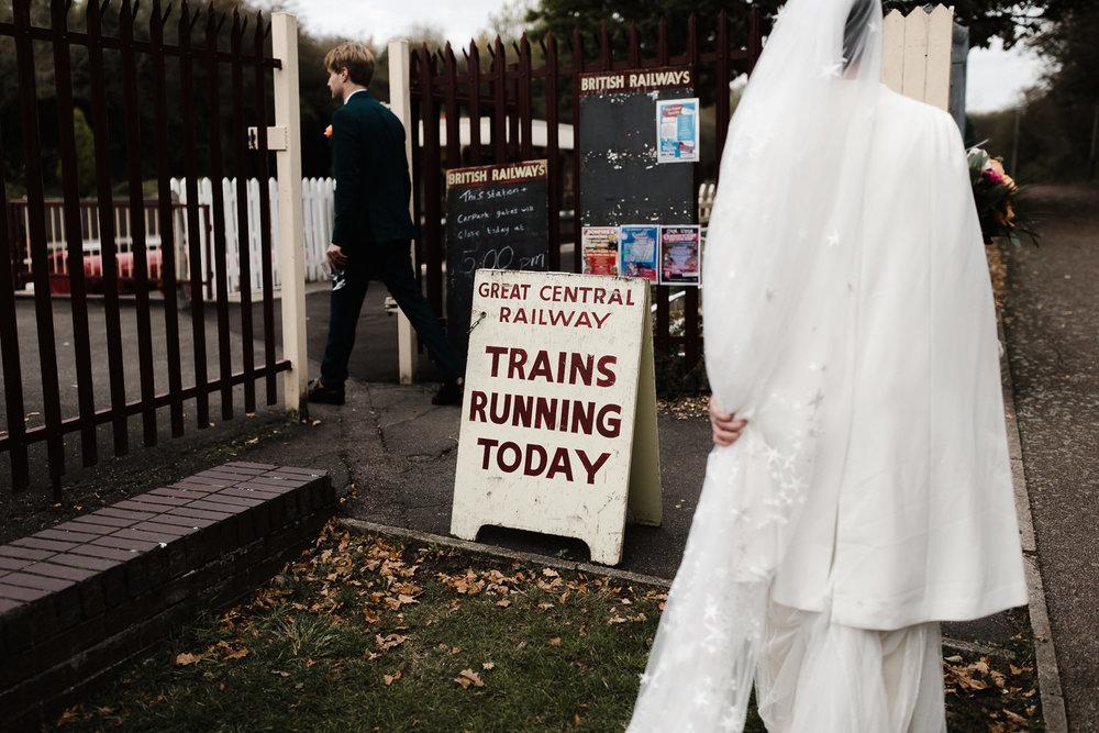 Steam_train_wedding_Great_Central_Railway_Jo_Al_043.jpg