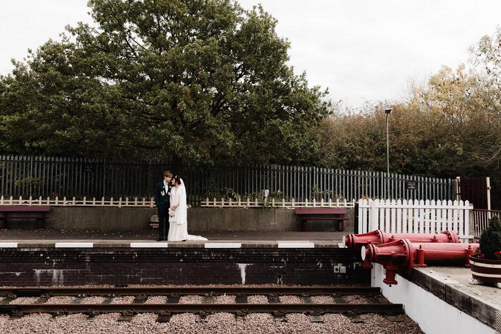 Steam_train_wedding_Great_Central_Railway_Jo_Al_051.jpg