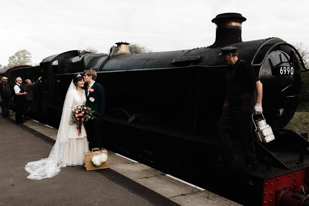 Steam_train_wedding_Great_Central_Railway_Jo_Al_059.jpg