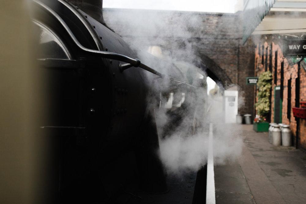 Steam_train_wedding_Great_Central_Railway_Jo_Al_065.jpg