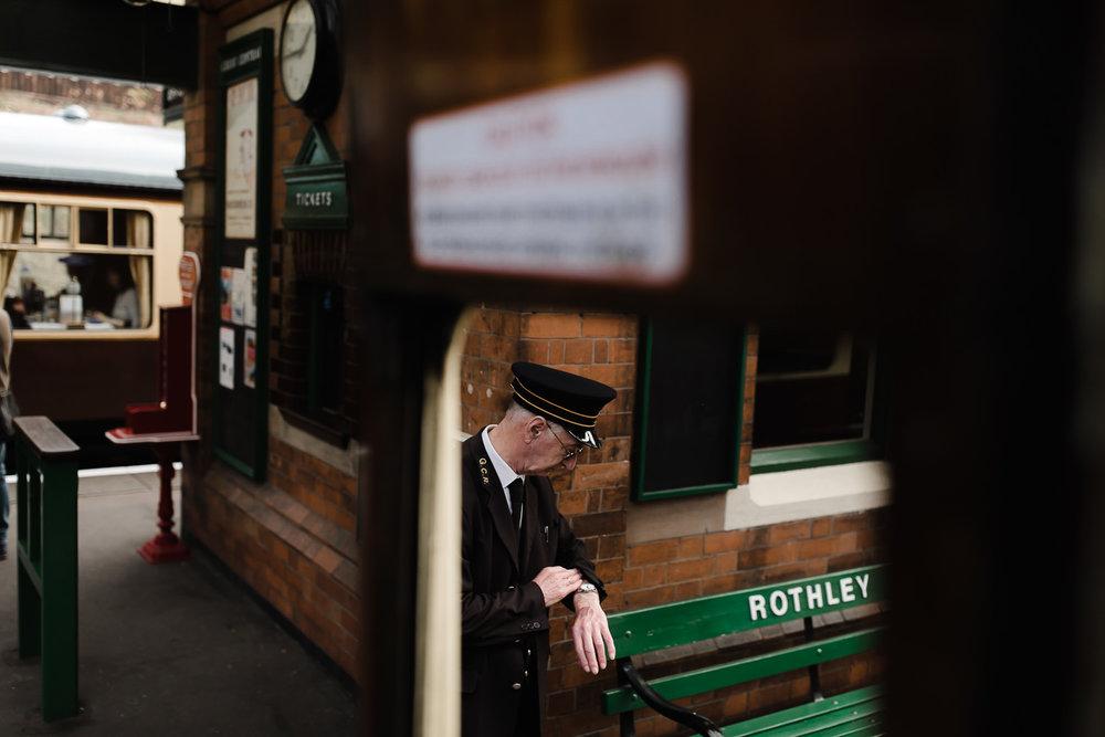 Steam_train_wedding_Great_Central_Railway_Jo_Al_066.jpg