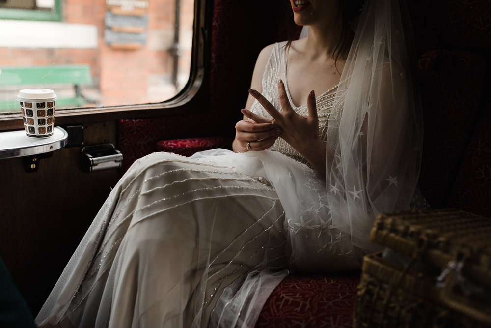 Steam_train_wedding_Great_Central_Railway_Jo_Al_071.jpg