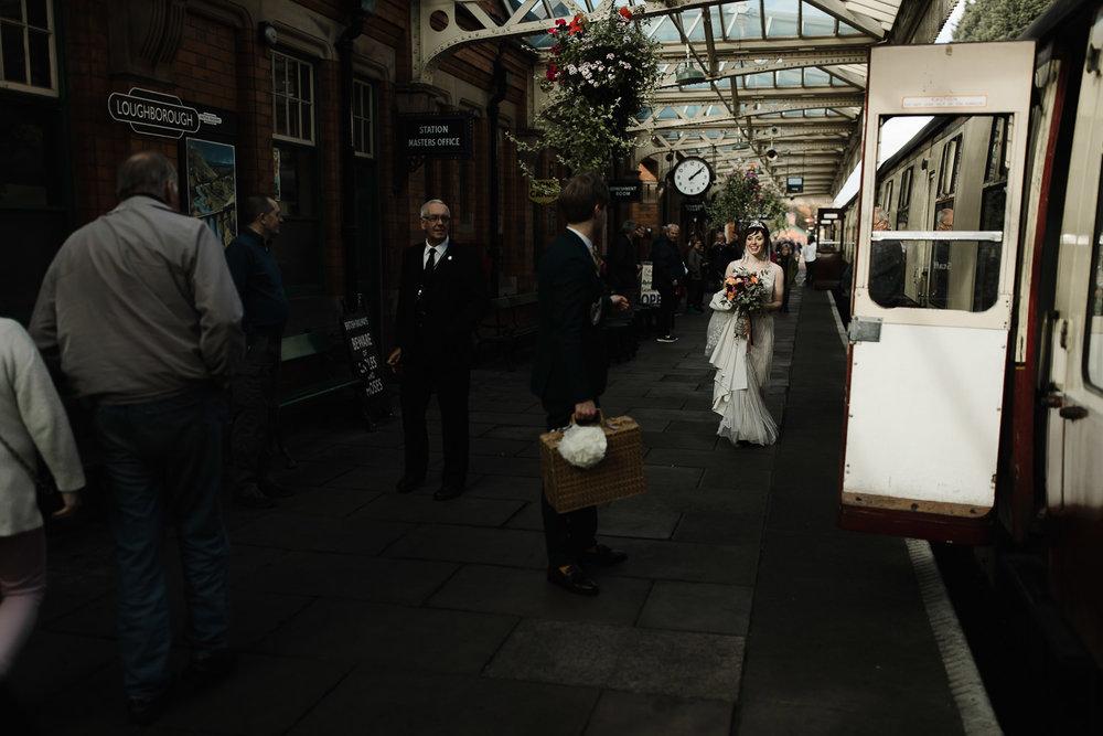 Steam_train_wedding_Great_Central_Railway_Jo_Al_080.jpg