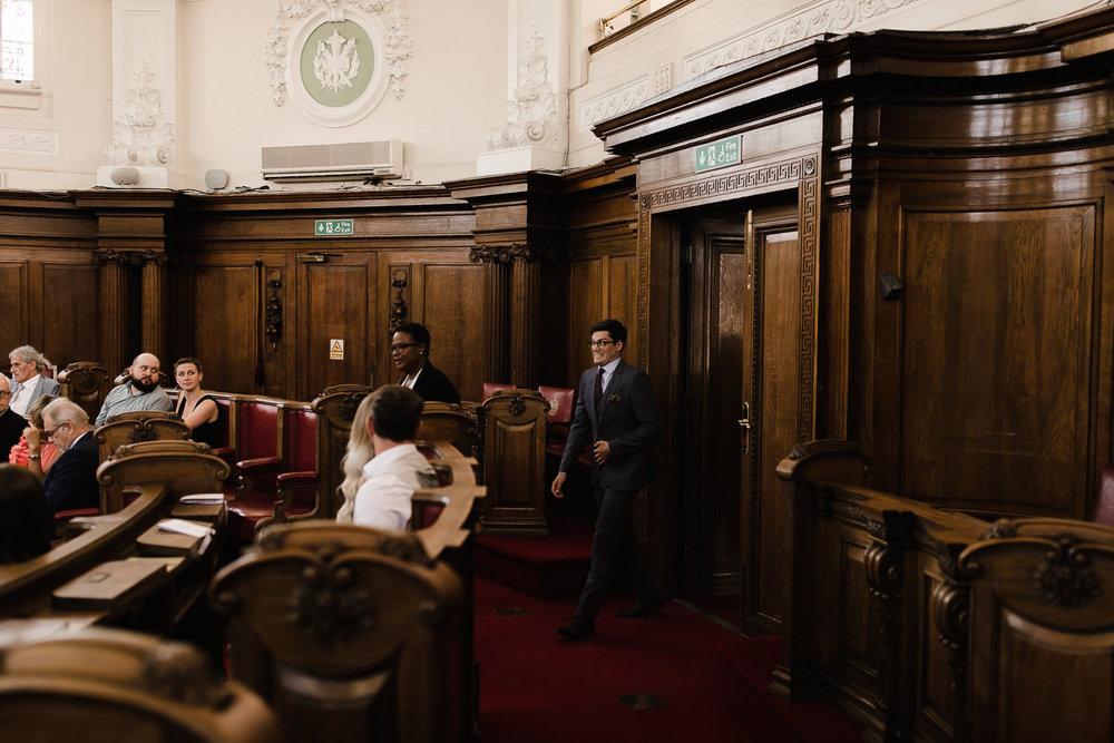Islington_Town_Hall_Swan_Globe_Theatre_wedding-37.jpg