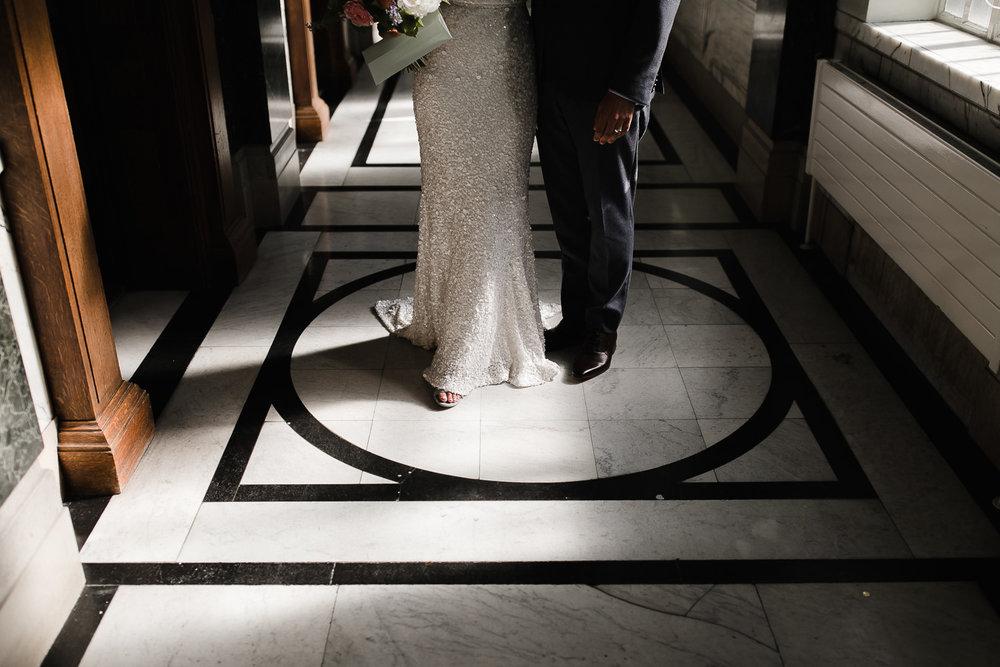 Islington_Town_Hall_Swan_Globe_Theatre_wedding-43.jpg