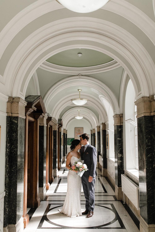 Islington_Town_Hall_Swan_Globe_Theatre_wedding-42.jpg
