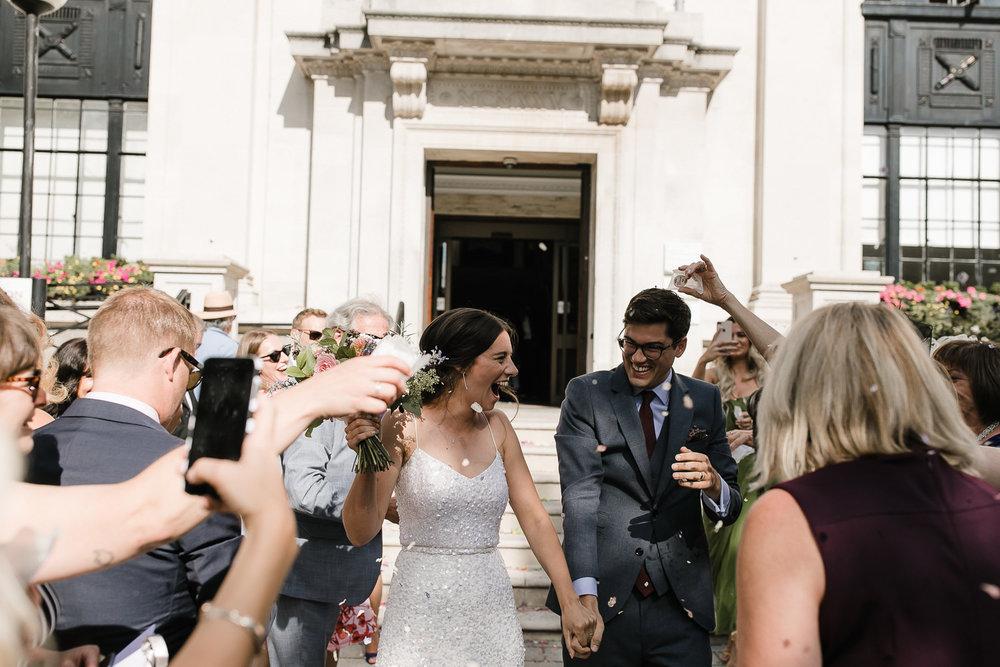 Islington_Town_Hall_Swan_Globe_Theatre_wedding-45.jpg