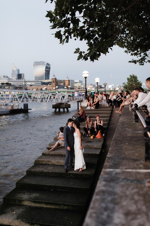 Islington_Town_Hall_Swan_Globe_Theatre_wedding-92.jpg